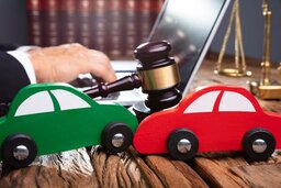 Can I Change My Auto Accident Lawyer